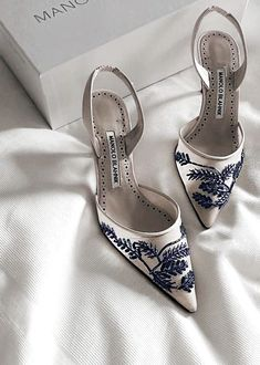 Log in - blue embroidered white heels :: manolo blahnik - Cute Shoes, Women's Shoes, Wedge Shoes, Me Too Shoes, Shoe Boots, Shoes Sneakers, Dior Shoes, Shoes Heels Wedges, Sneakers Women