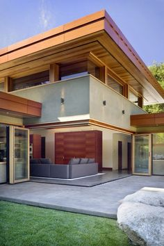 Terrace, Patio Doors, Wheeler Residence in Menlo Park, California by William Duff Architects
