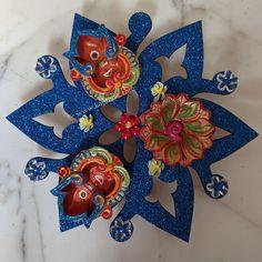 Different easy hand made beautiful diyas  Diwali Diya, Diwali Craft, Bonsai Plants, 4th Of July Wreath, Flowers, Easy, Handmade, Crafts, Painting
