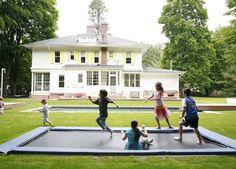 A sunken trampoline...too cool!