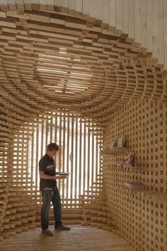 AtelierVecteur have designed the Welcome Pavillion for the 2012 Festival of Lively Architecture in Montpellier, France.