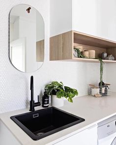You've seen it before but you loved it so much I'm sharing again! The gorgeous little laundry/powder room from my caringbah project late… Kitchen Interior, Interior Design Living Room, Living Room Designs, Interior Decorating, Modern Laundry Rooms, Laundry In Bathroom, Laundry Powder, Laundry Room Inspiration, Laundry Room Remodel