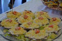 Ensaladilla de mar Tapas, Canapes, Potato Salad, Zucchini, Homemade, Vegetables, Ethnic Recipes, Food, Diy