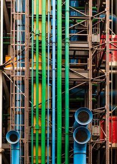 Centre Georges Pompidou, Paris, Renzo Piano and Richard Rogers. Renzo Piano, Architecture Design, Contemporary Architecture, Cultural Architecture, Amazing Architecture, Design Process, Tool Design, Monuments, Habitat Collectif