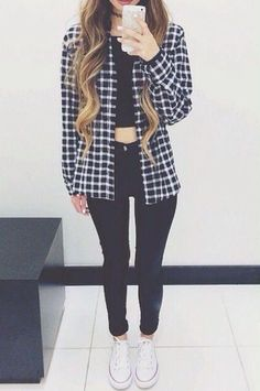 20 Style Tips On How To Wear Crop Tops In Winter, Outfit Ideas | Gurl.com