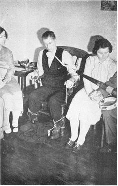 Jack Webber works with one Ectoplasmic Rod, attached to Seance Trumpet. The Rod holds the Trumpet hoovering and does not lie on the sitters arm.