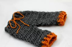 Newborn Crochet Hat and Pants Set