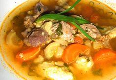 Tárkonyos raguleves kilófaló galuskával Thai Red Curry, Ethnic Recipes, Food, Meals, Yemek, Eten