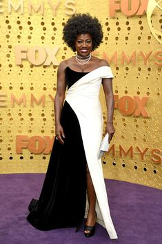 Just When I Thought I Couldn't Love Her More, Viola Davis Changed From Heels To Sneakers During The Emmy's Christian Siriano, Christian Louboutin, Celebrity Dresses, Celebrity Style, Sneakers To Work, Dance Numbers, Viola Davis, Isla Fisher, The Emmys