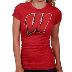 With the look of a sketched drawing, this tee will show off your Wisconsin pride.