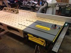Onboard Paulk Workbench with Biesmeyer - by Navaar @ LumberJocks.com ~ woodworking community