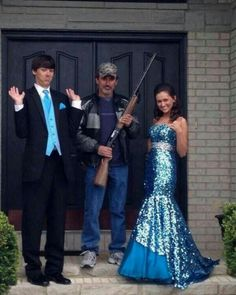 This will be a MUST have photo for when my daughter's go to prom. LOL I can so c my dad doing that!