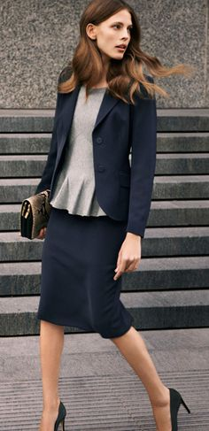 Work chic, classic and modern, simple and classic, chic and classic, classic fashion, classic fashion
