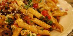 Salada de Macarrão Integral e Tomate Cereja | Heaven Delhaye