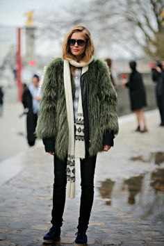 Nadia Bender. That coat is fur shure for a cool spotter. Rock. On.