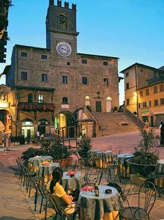 Reminds me of the piazza in Pietrasanta. Cortona Tuscany