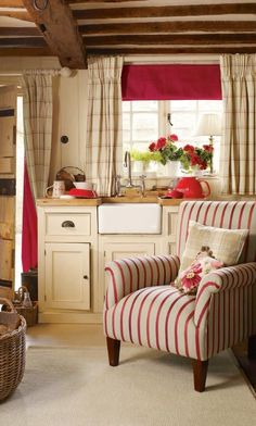 Peony striped chair