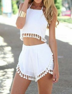 Stylish Halter Sleeveless Crop Top + Fringe Embellished Shorts Women's Twinset ideen for teens frauen shorts outfits Beach Party Outfits, Cute Summer Outfits, Casual Outfits, Girl Outfits, Fashion Outfits, Fashion Clothes, Boho Outfits, Casual Shorts, Fashion Trends