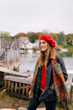 A Fall Getaway To Kennebunkport & Cape Porpoise, Maine - Gal Meets Glam Preppy Style, Her Style, Divas, Beret Outfit, Autumn Winter Fashion, Autumn Style, Winter Style, Fall Fashion, Gal Meets Glam
