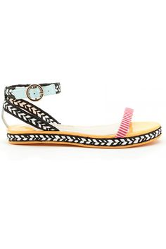 16 Spring Sandals You Simply Can't Resist #refinery29  http://www.refinery29.com/luxe-sandals#slide14