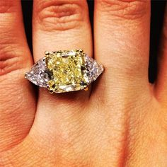 What do you think of yellow diamonds? Would you want to wear one in your engagement ring?