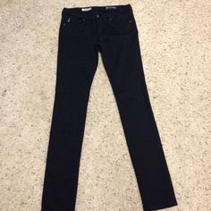• Adriano Goldschmied • AG. The legging super skinny fit. Size 27R. 5 pocket. 65 cotton 30 nylon 5 Lycra. Excellent like new condition. Super cute legging pants ! 30 inch inseam. AG Adriano Goldschmied Pants Leggings
