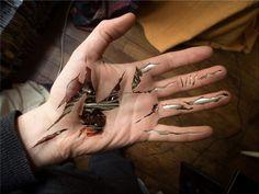 réaliste tatouage biomecanique main