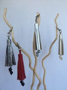 Holiday tassels-beaded Clothes Hanger, Tassels, Holiday, Hangers, Vacations, Hanger Hooks, Holidays, Tassel, Holidays Events