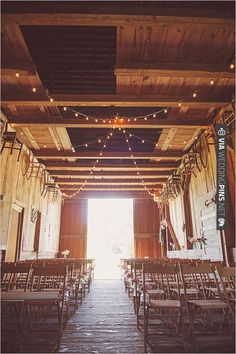 barn wedding ideas | CHECK OUT MORE IDEAS AT WEDDINGPINS.NET | #weddings