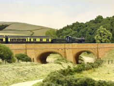 Pendon Museum, bringing the past to life - Abingdon, Oxfordshire N Scale Trains, Ho Trains, Model Trains, Model Train Layouts, English Countryside, Us Images, Models, The Past, Scenery