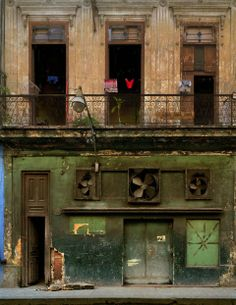 Michael Eastman – Havana @ Michael Hoppen Gallery
