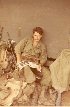 Vietnam War Photos, Vietnam Veterans, American War, American Soldiers, Cold War, Military History, Vintage Photographs, Wwi, Historical Photos