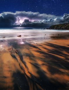 Late evening storm front works it's way up the East Coast of NSW, Australia. Incoming Storm by *DrewHopper on deviantART Rock Music News, Lightning Photos, Bad Storms, Storm Front, Meeting New Friends, Arts And Entertainment, East Coast, Scenery, The Incredibles