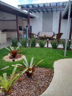Navegue por fotos de Jardins modernos: Projeto. Veja fotos com as melhores ideias e inspirações para criar uma casa perfeita.
