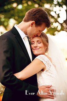 #wedding photo idea - bride  groom #wedding #photography