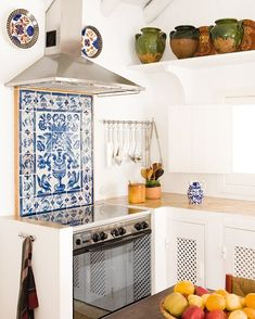 Simple & effective 💙Jacques Grange kitchen in Comporta - (More on the blog link in bio) 📷 Marie Claire Maison Italy #azulejos #kitchendesign #comporta