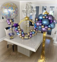 Birthday hoop and matching confetti bubbles 💕🎈 Balloon Centerpieces, Balloon Decorations Party, Birthday Party Decorations, Birthday Parties, Balloon Ideas, Tulle Centerpiece, Balloon Designs, Ballon Backdrop, Balloon Garland