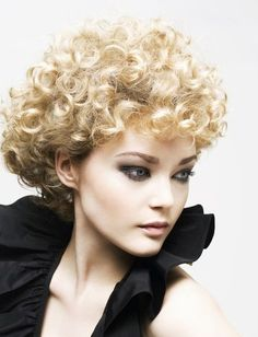 Short Curly haircuts 2012 for Women's - Hairstyles for Curly Hair - Zimbio