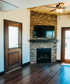 There are high end finishes throughout, including alder wood trim, solid core doors, beetle kill tongue-and-groove ceiling, and hardwood flooring.