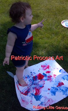 New sensory experiences, gross motor, super fun painting for the of July - pinned by – Please Visit for all our pediatric therapy pins Patriotic Crafts, July Crafts, Summer Crafts, Kid Crafts, Toddler Classroom, Toddler Preschool, Preschool Art, Infant Activities, Activities For Kids