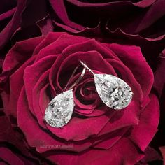 The ever classic PearShape DiamondEarrings (3.5cts each) by MartinKatz. #MartinKatzJewels #PearDiamond #DiamondEarrings
