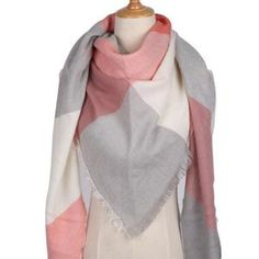 2018 Winter Triangle Scarf For Women Brand Designer Shawl Cashmere Plaid Scarves Blanket Wholesale Dropshipping Women's Wraps And Shawls, Scarf Packaging, Wrap Clothing, Baby Pullover, Triangle Scarf, Triangle Pattern, Oversized Scarf, Cashmere Scarf, Look Fashion