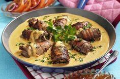 Snabbfixad fredagsfavorit ellerfestlig söndagsmiddag- våra oxrullader är lika underbart goda när du än lagar dem! Salt möter sött i form av bacon och gelé - och såsen... Mums! 4 port...