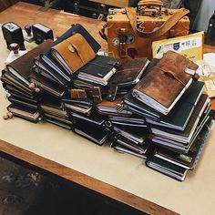 { yesterday } a beautiful afternoon being inspired by celebrating the love for analogue. Journal Diary, Journal Notebook, Leather Notebook, Leather Journal, Book Binding, Smash Book, Travelers Notebook, Moleskine, Journal Inspiration