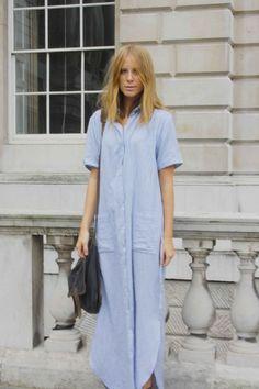 Love this oversized chambray shirt-dress. Street Looks, Look Street Style, Looks Style, My Style, Style Personnel, Only Shirt, Bcbg, Maxi Shirt Dress, Chambray Dress
