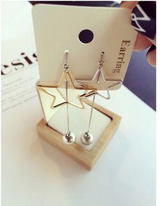BÔNG TAI NGÔI SAO HẠT BẠC B3738 Bông tai ngôi sao hạt bạc thương hiệu YUNA được làm bằng hợp kim màu bạc. Bông tai hình ngôi sao màu vàng và bạc cá tính và hiện đại. Thích hợp với mọi bạn gái.  65.000