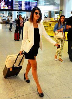 A atriz Mariana Rios deixou os fios longos para trás e aderiu ao corte long bob