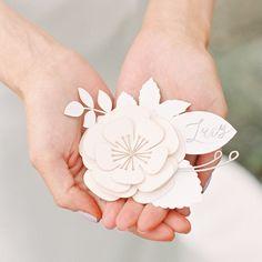 Вдохновение: карточка рассадки в виде бумажного цветка от Emma Jo Stationery Middleton Lodge, Instagram Posts, Paper, Style, Swag, Outfits