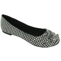 Houndstooth Flats.