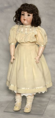Eaton Beauty doll, from the 1920s.  These dolls were produced by Toronto's Eatons from the late 1800s to the 1960s.